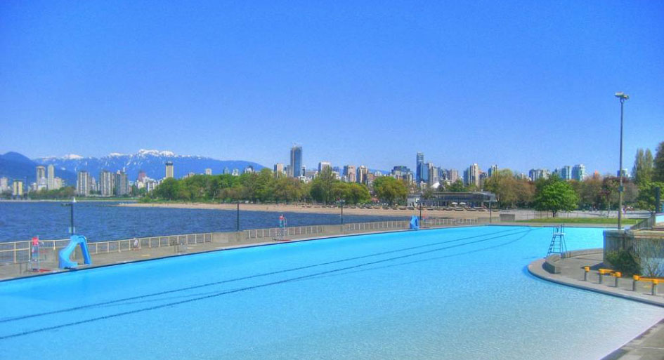 The 137m heated pool of Kitsilano is the only saltwater swimming pool in Vancouver.