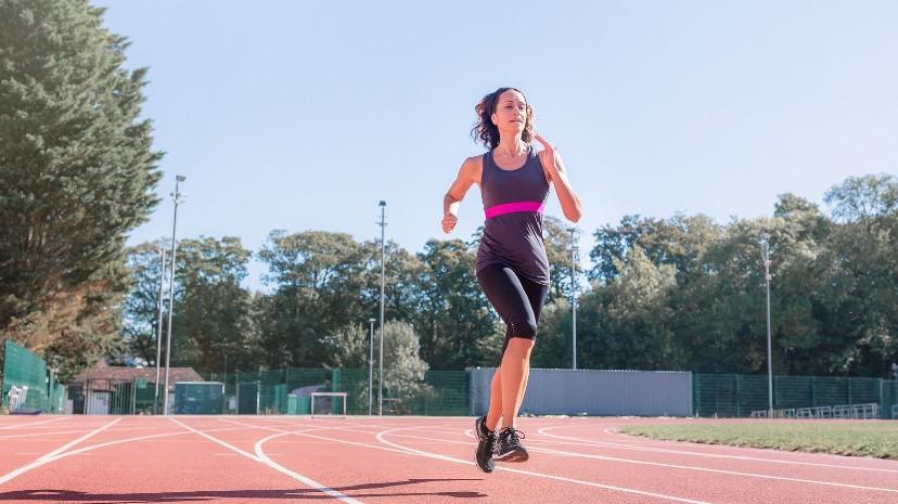 Women on running track